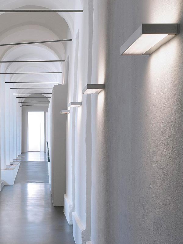 Ofis Aydınlatması - Duvara Monte Aydınlatma